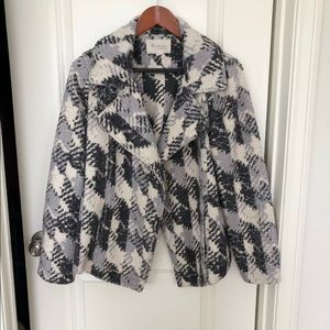 Two by Vince Camuto fleece moto jacket size M